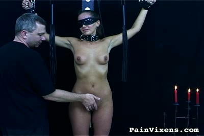 Bdsm blowjob. Bondage hottie gets her vagina abused then is required to blowjob penish